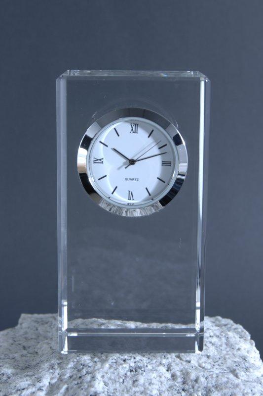 Uhr Typ 1